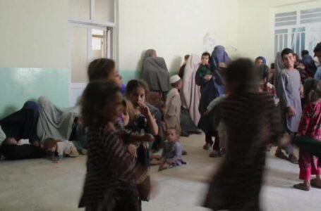 Unicef estima que la mitad de los niños afganos sufrirá desnutrición severa este año