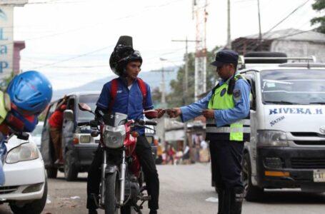 Vehículos y motocicletas decomisados serán devueltos sin pagar multas, anuncia DNVT