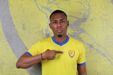 Deiby Flores es oficialmente nuevo jugador del Panetolikos de Grecia