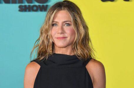 Jennifer Aniston debuta con su propia marca de belleza
