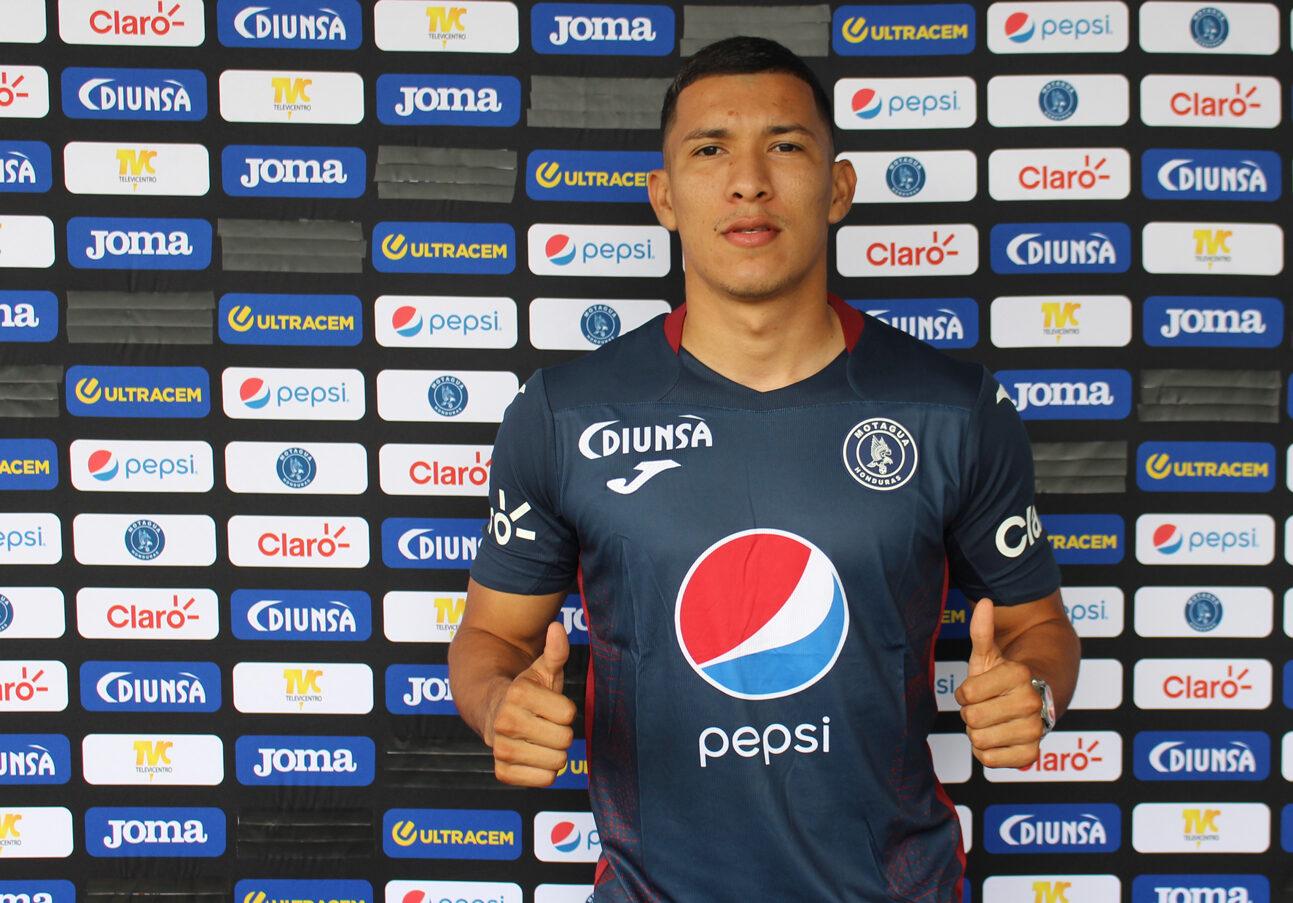 Kevin López renueva con Motagua y seguirá por un año más