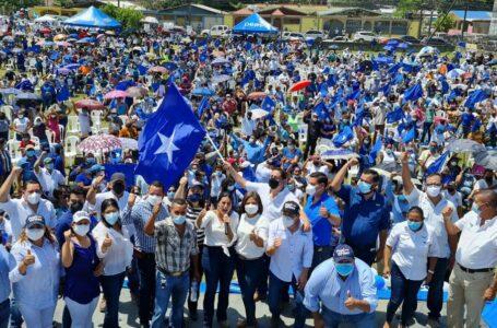 """Tito"" Asfura recibe masivo apoyo del nacionalismo en SPS"