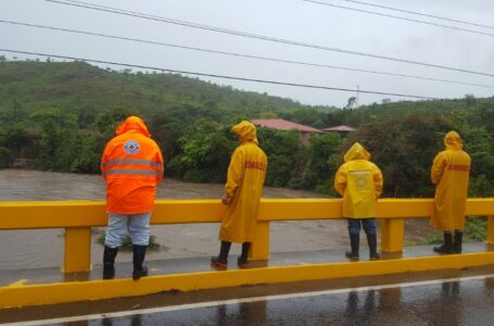 Autoridades vigilan onda tropical localizada al Este de Gracias a Dios