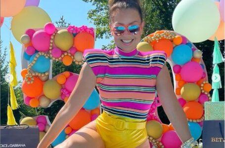 Thalía llega a los 50 años más espectacular que nunca