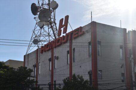 Gobierno trabaja en plan de rescate financiero para Hondutel, según ministro Madero