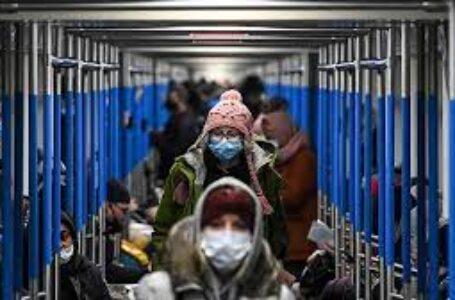 Récord de 815 muertes por coronavirus en un día en Rusia