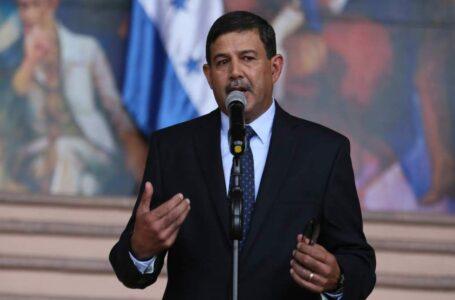 Ministro de Defensa se limita a opinar sobre las ZEDE; respeta ley de su creación