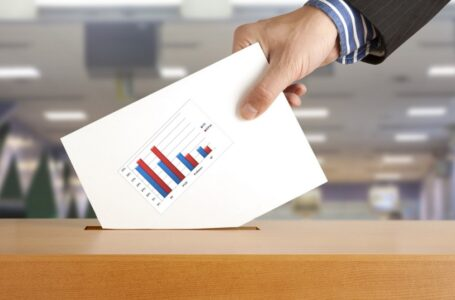 Encuestas políticas no son reales es una estrategia para demostrar fortaleza