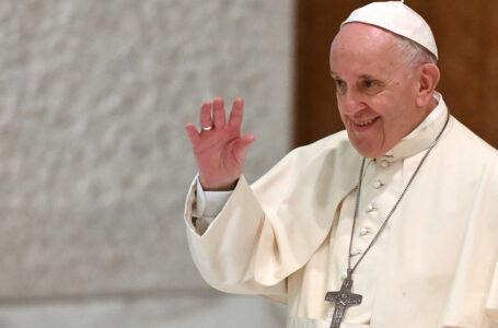 Papa aporta de sus fondos personales 200 mil euros para afectados por sismo en Haití
