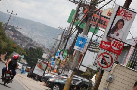 ENEE prohíbe colocar vallas políticas en postes del tendido eléctrico