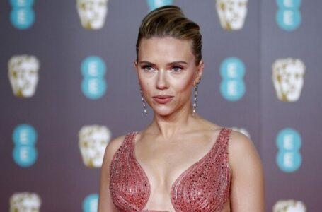 """La batalla legal de Scarlett Johansson y Disney por """"Black Widow"""" se encrudece"""