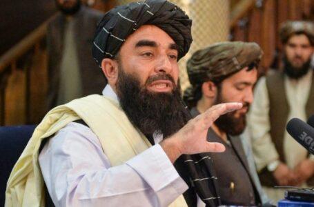 Los talibanes advierten de «consecuencias» si EEUU prolonga la evacuación