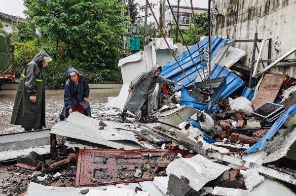 Al menos dos muertos y decenas de heridos tras un terremoto de magnitud 6,0 en China