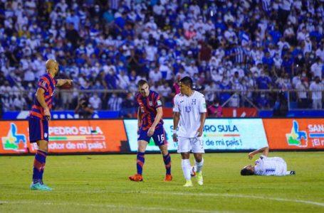 """FIFA abre expediente disciplinario a Honduras y la """"H"""" podría jugar a puerta cerrada"""