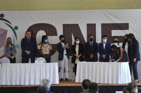 CNE y organizaciones civiles firman acuerdos de veeduría electoral