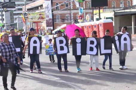 Aproximadamente 7 mil personas podrán ingresar al Estadio Nacional para la celebración del Día de la Biblia
