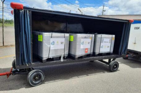 IHSS recibió 81 mil 600 vacunas comprada a AstraZeneca