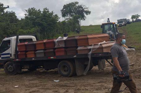 Medicina Forense hace inhumación de 40 cadáveres sin reclamar en Tegucigalpa