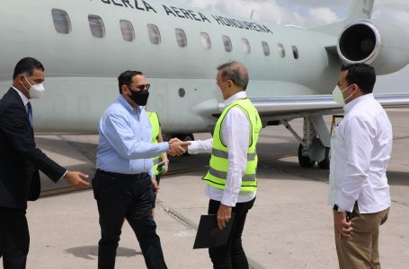 República Dominicana dona 101 mil vacunas contra el COVID a Honduras