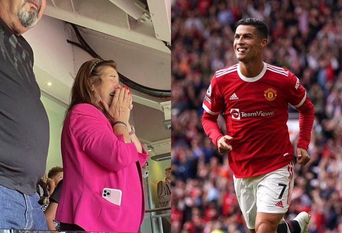 Madre de Cristiano Ronaldo llora tras su doblete en regreso al Manchester United