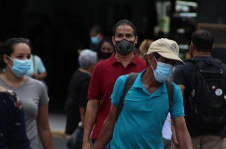 A finales del presente año habría otro pico de la pandemia, alerta epidemiólogo