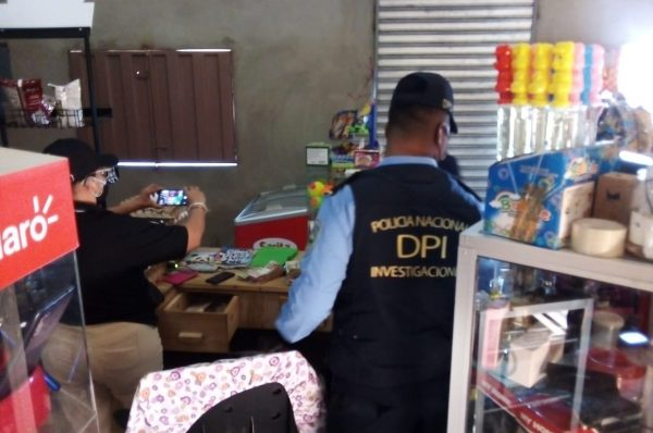 Decomisan dinero y detienen a estafadores de lotería en Olancho