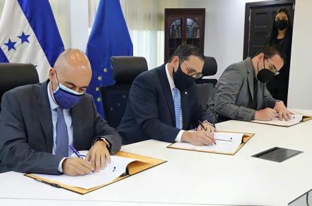 CNE y CEELA firman acuerdo para garantizar transparencia en proceso electoral