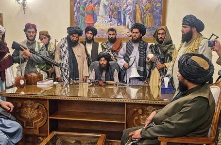 China mantendrá contacto con Gobierno de los talibanes