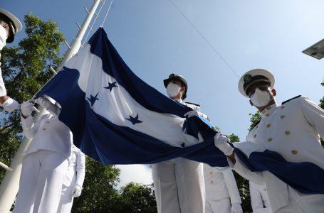 Presidente Hernández conmemora en isla Conejo el 179 aniversario del fallecimiento del general Morazán