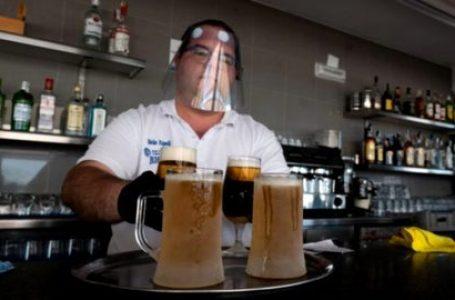 Secretaría de Salud descarta llevar vacunas contra el COVID-19 a bares y discotecas