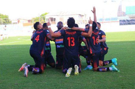 Vida se convirtió en el líder del torneo, tras vencer 4-1 al Platense