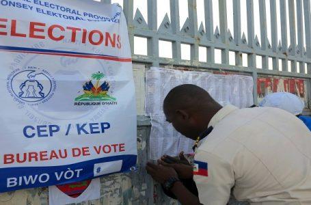 Consejo Electoral de Haití presenta candidaturas a comicios