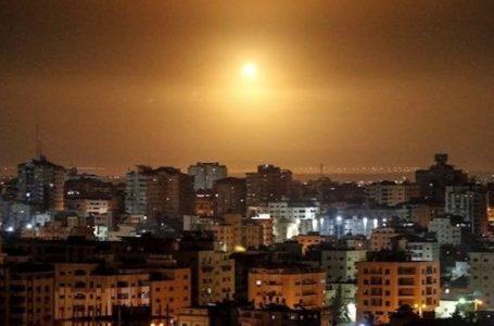 Israel ataca la Franja de Gaza por tercera noche consecutiva