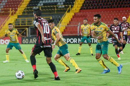 Alajuelense eliminado de Liga Concacaf por el Guastatoya de Guatemala y la prensa explota