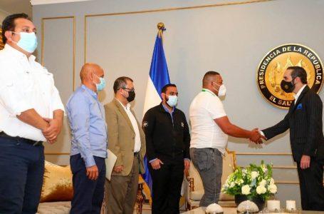 Denuncian intensiones de inhabilitar a alcaldes que solicitaron ayuda a El Salvador