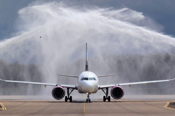 Aerolínea mexicana inicia nueva etapa en Honduras con vuelos a bajo costo