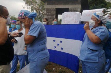 ANEEAH anuncia protestas a partir de la próxima semana «es una cacería contra enfermeras»