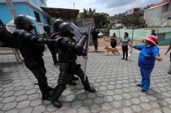 """Colectivos ecuatorianos reorganizarán a sus bases para retomar con """"fuerza"""" las protestas en contra del Gobierno"""