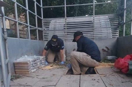 Incautan más de 100 kilos de cocaína escondidos en un camión en Yoro