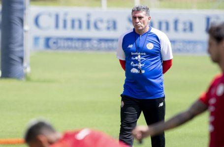 """Técnico de Costa Rica advierte que """"sí o sí"""" tienen que salir a ganar en suelo catracho"""