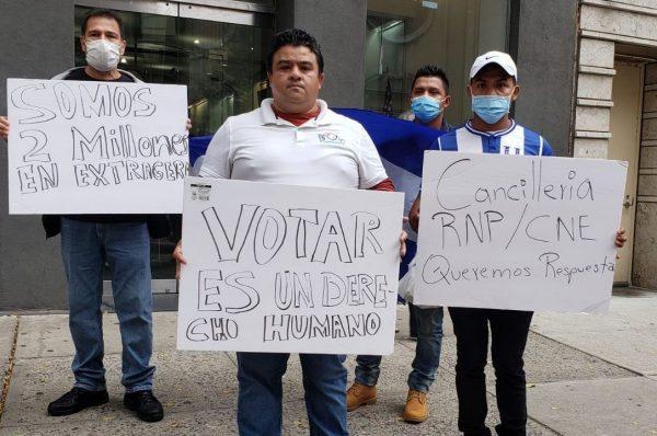 """Cancillería """"obstaculiza"""" entrega del DNI a hondureños en el extranjero: RNP"""