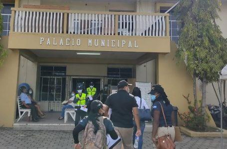 Inspeccionan municipalidad de Puerto Cortés por supuestas anomalías en pago de contratos